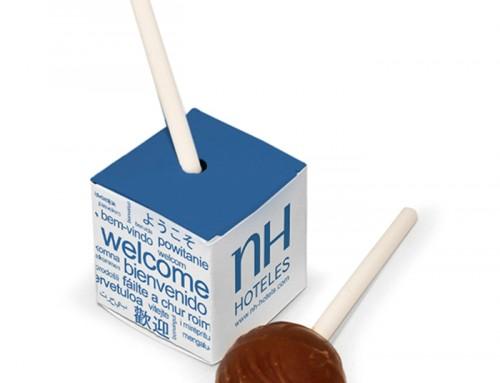 Chupa de chocolate en cubo